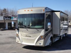 Winnebago Journey 39Z