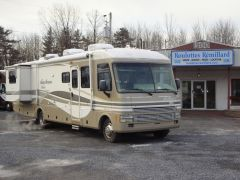 Fleetwood RV Pace Arrow 36B