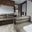 Forest River East/West Della terra 250BH